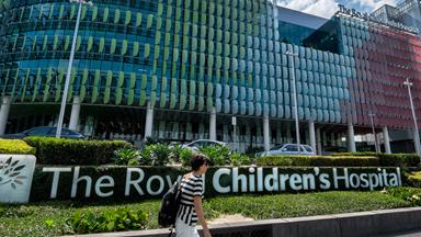 Royal Children's Hospital refusing to discharge children back into detention