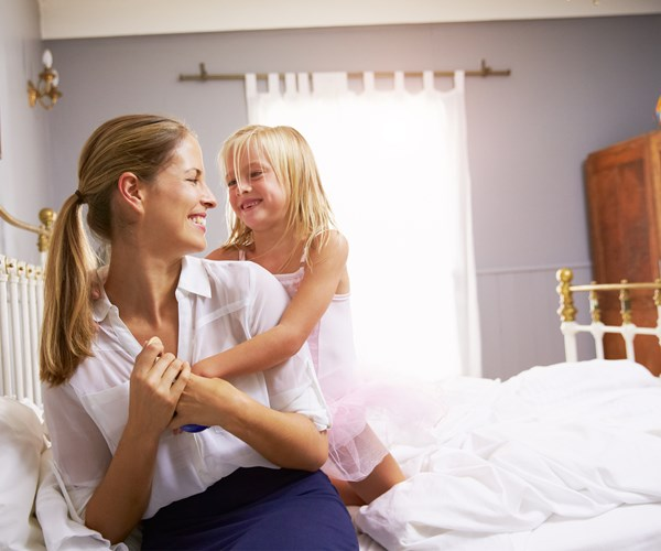 Early bed times give mums better mental health