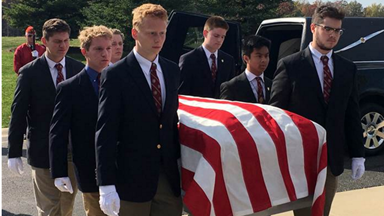 Teens act as pallbearers for homeless veterans