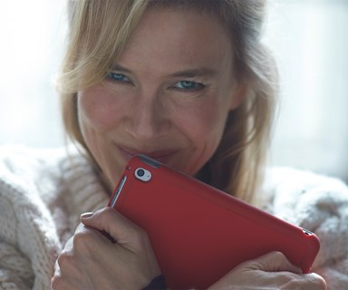 Renee Zellweger spotted on set of new Bridget Jones movie with a very special surprise