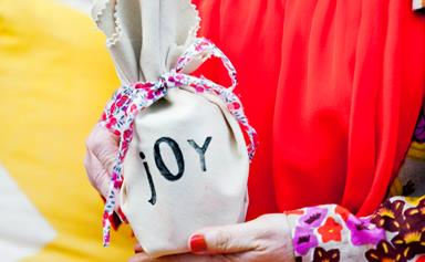Make your own Christmas wrapping