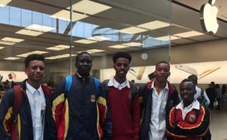Racism claims after Apple store in Melbourne ejects black students