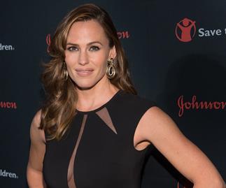 Jennifer Garner is dating a Grey's Anatomy doctor!