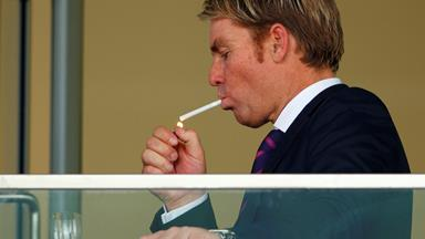 Shane Warne smokes '50 ciggies a day'