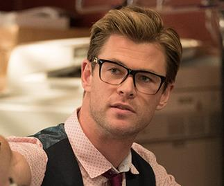 First Look: Chris Hemsworth's geeky Ghostbusters makeover