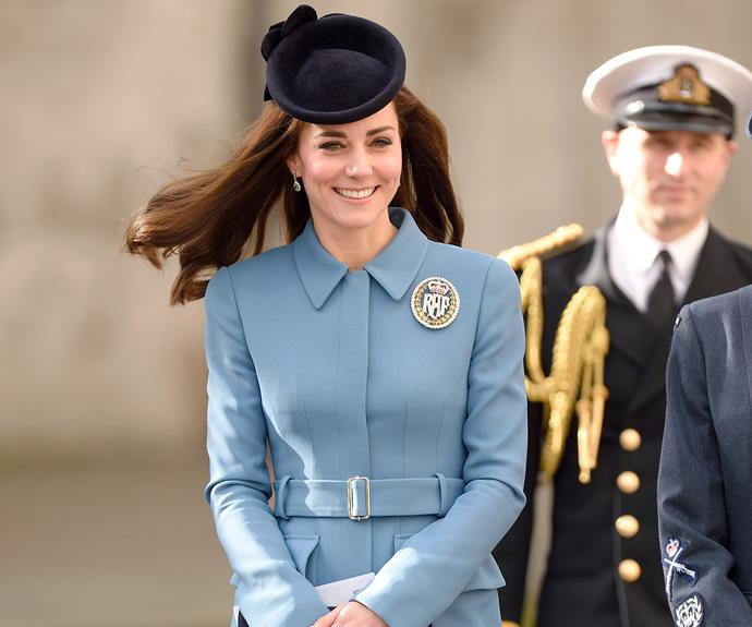 Kate dazzles in diamond brooch