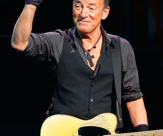 Dad writes note excusing daughter from school for Springsteen concert
