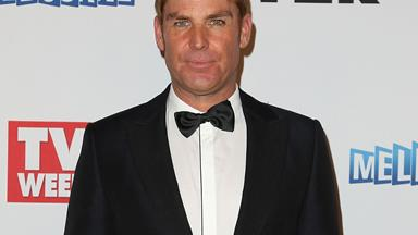 Shane Warne settles those plastic surgery rumours
