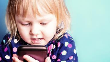 Parents with 'difficult children' more likely to use iPads to avoid tantrums