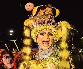 Mardi Gras grows old