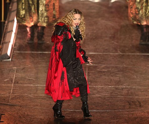 Tequila-swigging Madonna has another onstage meltdown