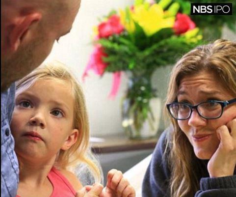 Allison Anderwald with parents