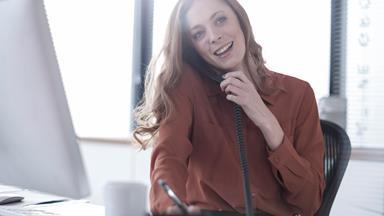 Husbands hinder women's careers, Harvard study finds