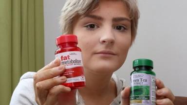 Slimming pills nearly kill teen