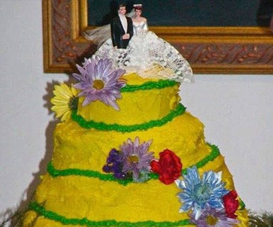 Worst wedding cake fails