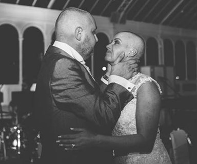 Bride shaves head to support terminally ill groom