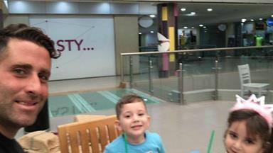 Ali Elamine posts happy selfie with his children in Beirut