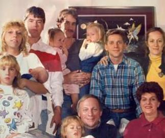 The chilling mystery behind this family portrait