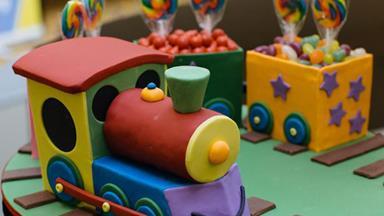 Women's Weekly Children's Birthday Cakes rebooted!