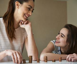 How to talk to your daughter about money