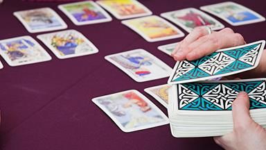 How a tarot card reader caught a murderer