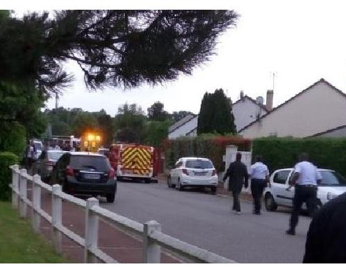 Wife and son of policeman taken hostage near Paris