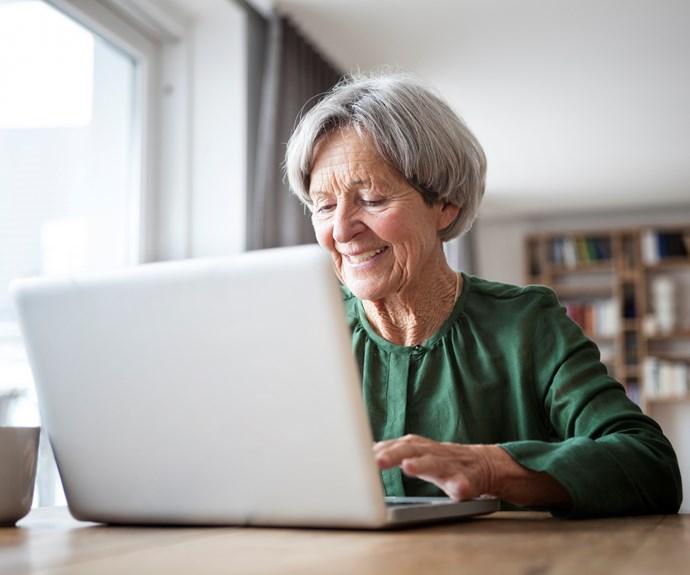 Grandmother's hilarious Google search