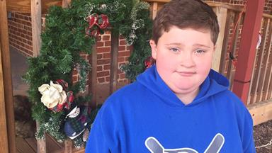 Boy says he was fat-shamed by Santa