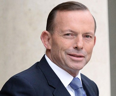 Tony Abbott admits to reading Fifty Shades of Grey and he has some feelings about it