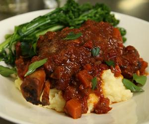 Slow-cooker lamb shanks