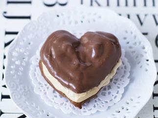 mocha cream hearts