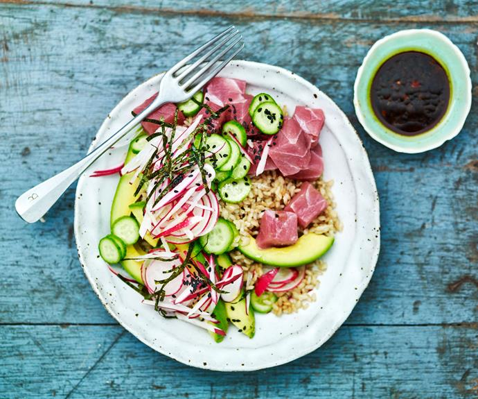 """**[Sashimi tuna poke bowl](https://www.womensweeklyfood.com.au/recipes/tuna-poke-bowl-recipe-30901 target=""""_blank"""")** Traditional Hawaiian poke specifically refers to fresh fish served raw with a variety of condiments. Since the increased popularity of poke, most recipes also include delicious sides like rice, edamame, seaweed, and vegetables and even alternative proteins like cooked chicken or fried tofu"""