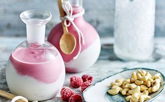 Coconut raspberry smoothie