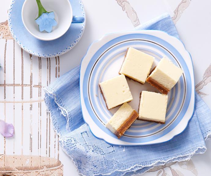 "**[Caramel cheesecake slice](https://www.womensweeklyfood.com.au/recipes/caramel-cheesecake-slice-12400|target=""_blank"")**"