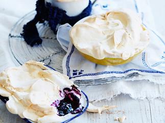 Lemon and blueberry meringue pots