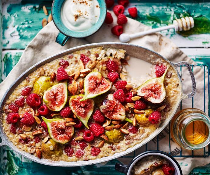 baked porridge recipe with fig and raspberry