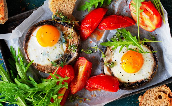 Roasted mushrooms with baked eggs recipe
