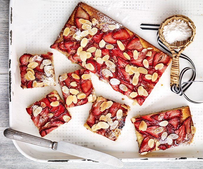 strawberry and almond friand slice