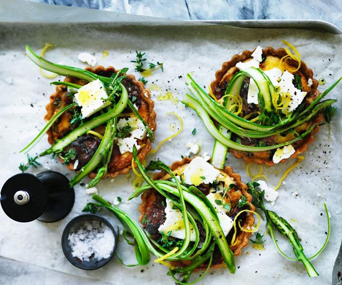 "**[Sun-dried tomato and asparagus tart](https://www.womensweeklyfood.com.au/recipes/sun-dried-tomato-and-asparagus-tart-5636|target=""_blank"")**  Tangy flavours of fetta and sun-dried tomatoes combine to create a perfect filling for these golden tarts."