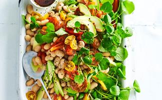 White bean, avocado and capsicum salad