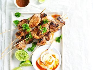Pork skewers with sriracha aioli