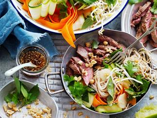 Noodle salad with ginger beef