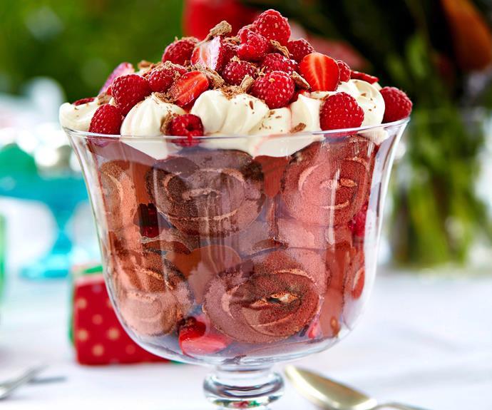 "**[Julie Goodwin's chocolate trifle recipe](https://www.womensweeklyfood.com.au/recipes/julie-goodwins-chocolate-trifle-29563|target=""_blank"")**"