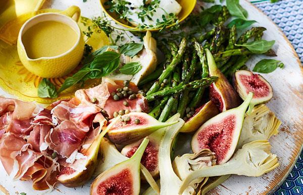 Prosciutto and artichoke platter