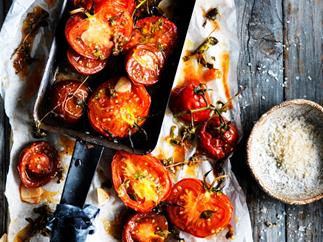 Marjoram and malt vinegar tomatoes