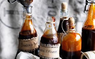 Bourbon & molasses barbecue sauce