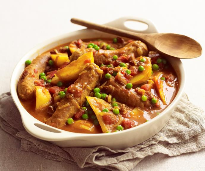 Old-fashioned curried sausages
