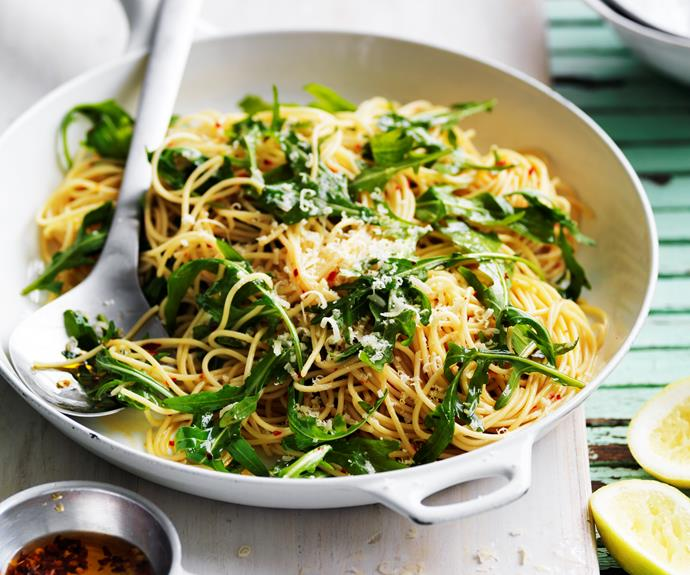 """Fresh and peppery, this simple [rocket, chilli & lemon spaghetti](https://www.womensweeklyfood.com.au/recipes/rocket-chilli-and-lemon-spaghetti-12381
