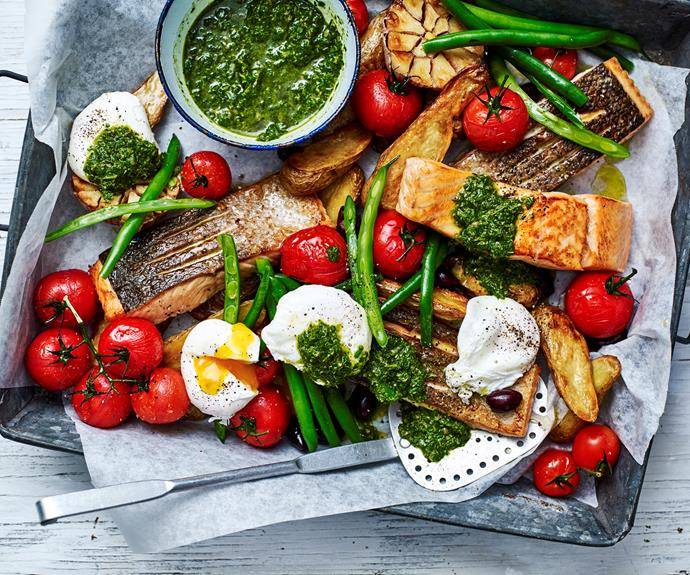 "**[Salmon niçoise tray bake](https://www.womensweeklyfood.com.au/recipes/salmon-nicoise-tray-bake-31571|target=""_blank"")**  The classic nicoise flavour combination roasted together  in this easy salmon tray-bake to create a tasty and effortless meal."