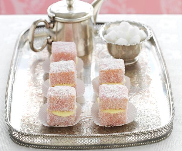 White chocolate raspberry lamingtons